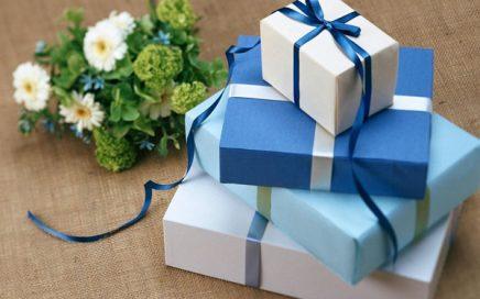 niños hiperregaldos en navidad, cumpleaños
